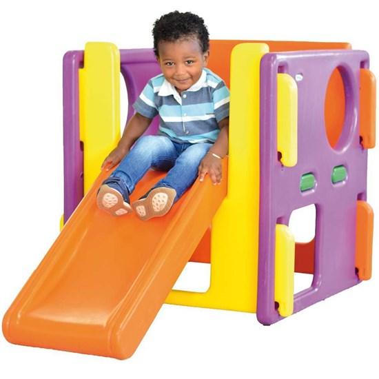 Playground Junior Xalingo com Escorregador Reto e Paredes com Abertura